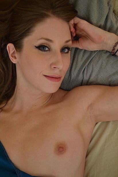 Amateur Sex Model Belle