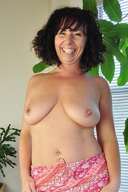 Amateur Sex Model Lynn