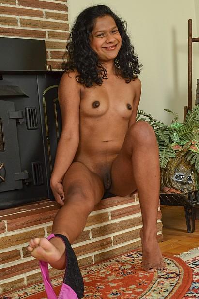 Amateur Sex Model Leilah