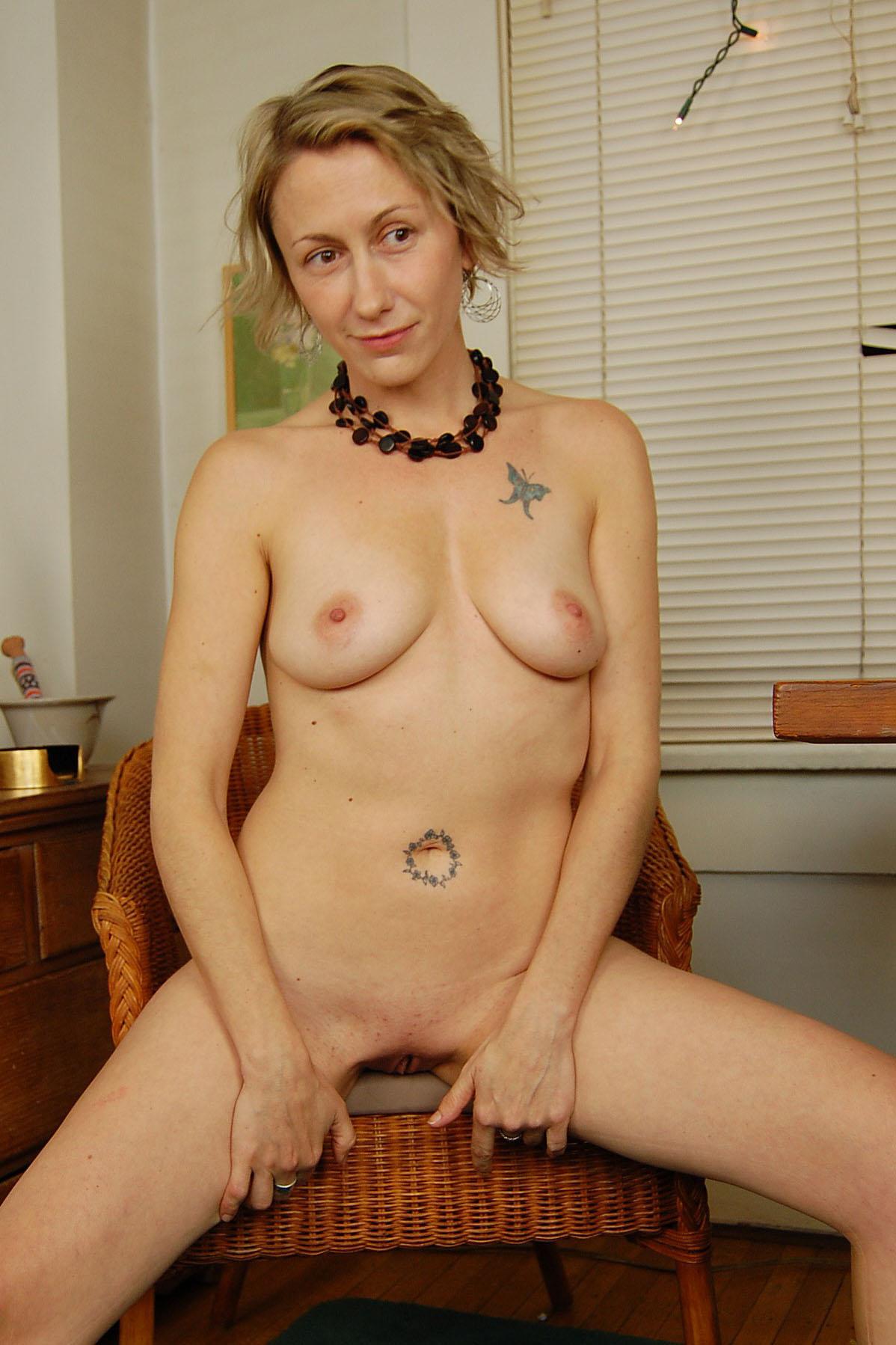 Amateur Sex Model Kiki