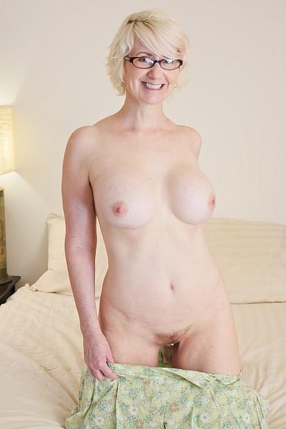 Amateur Sex Model Eden Marie Monroe