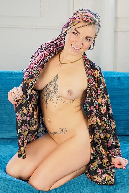 Amateur Sex Model Pixie Lehaj