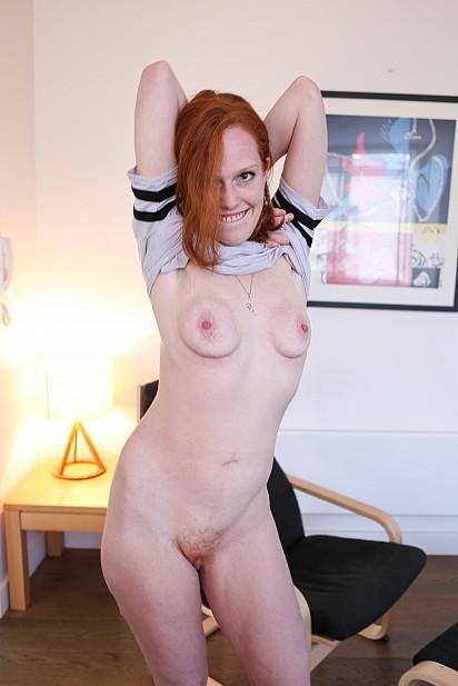 Amateur Sex Model Charlotte Webbe