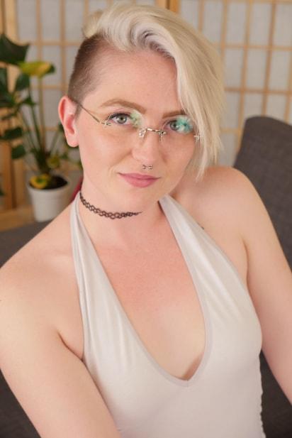 Amateur Sex Model Summer Lynn Somers