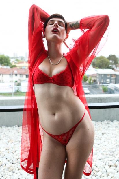 Amateur Sex Model Peachy