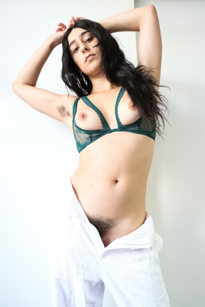 Amateur Sex Model Violet Russo